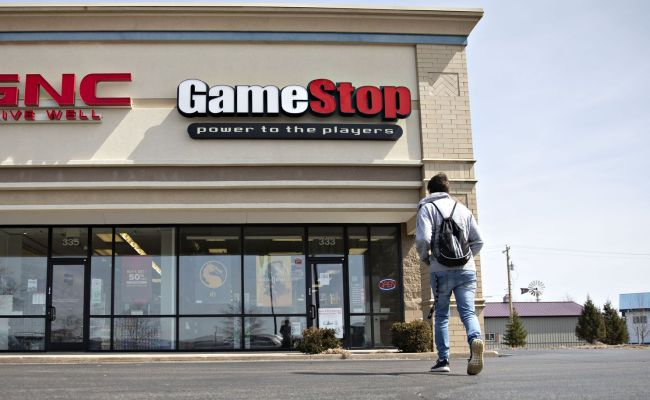 Gamestop Stock Plunges Nearly 40 Percent As Gamers Brace