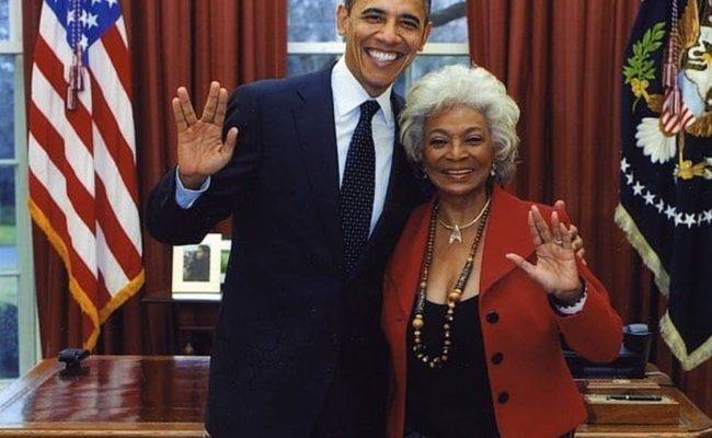 How Martin Luther King Jr Convinced Star Trek S Lt Uhura To Stay On The Show The
