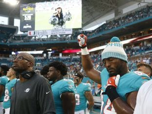 6OREMBYPCE4KBDTRR2RSVGXEGU - Trump says NFL players should 'Be happy, be cool' and stop protesting during the anthem