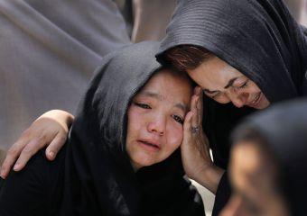 El bombardeo del centro estudiantil en Kabul pone de relieve la amenaza para la minoría chiíta