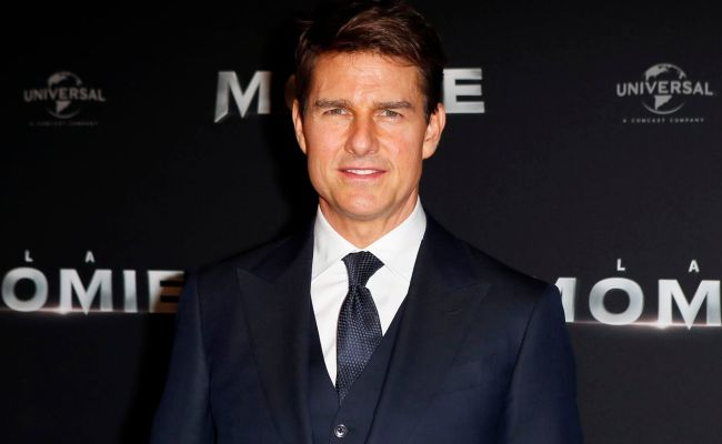 Tom Cruise Wants You To Change How You Watch Movies At