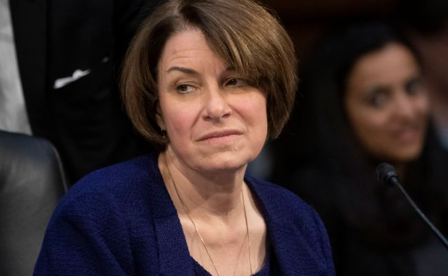 Don T Groan Over Those Amy Klobuchar Stories Democrats