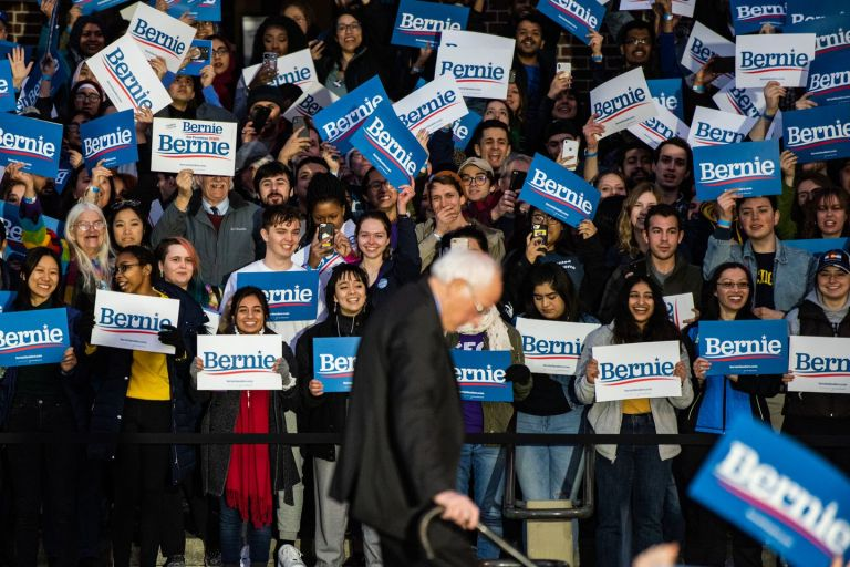 Celebrities including Emily Ratajkowski and Mark Ruffalo send messages of thanks to Bernie Sanders