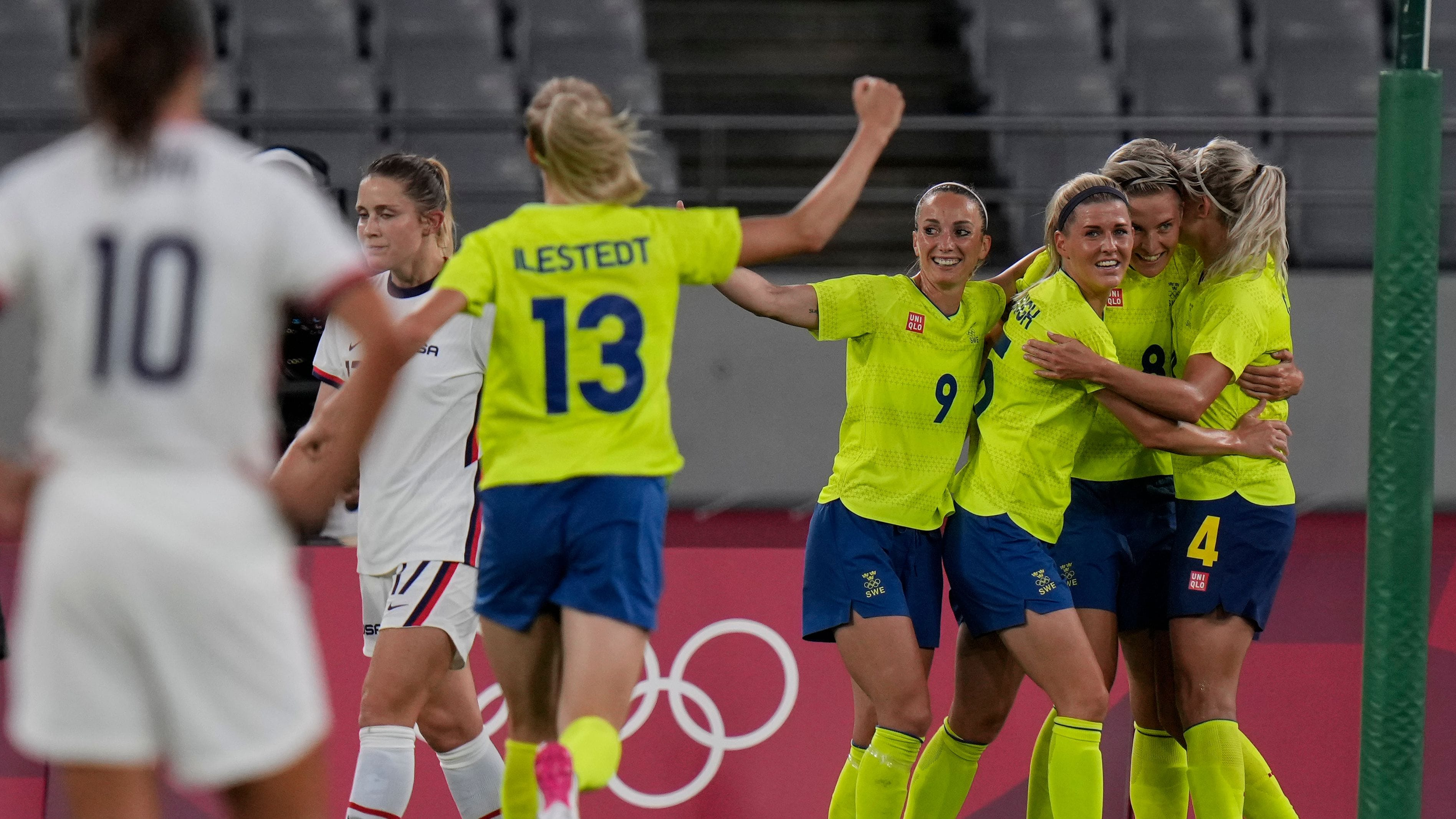 National women's soccer team position: U S Women S National Team Trounced By Sweden 3 0 In Olympic Stunner The Washington Post