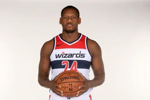 LS2KOQGB7MI6RFCR5B4PS27BTM - Washington Wizards trim roster to 14 players