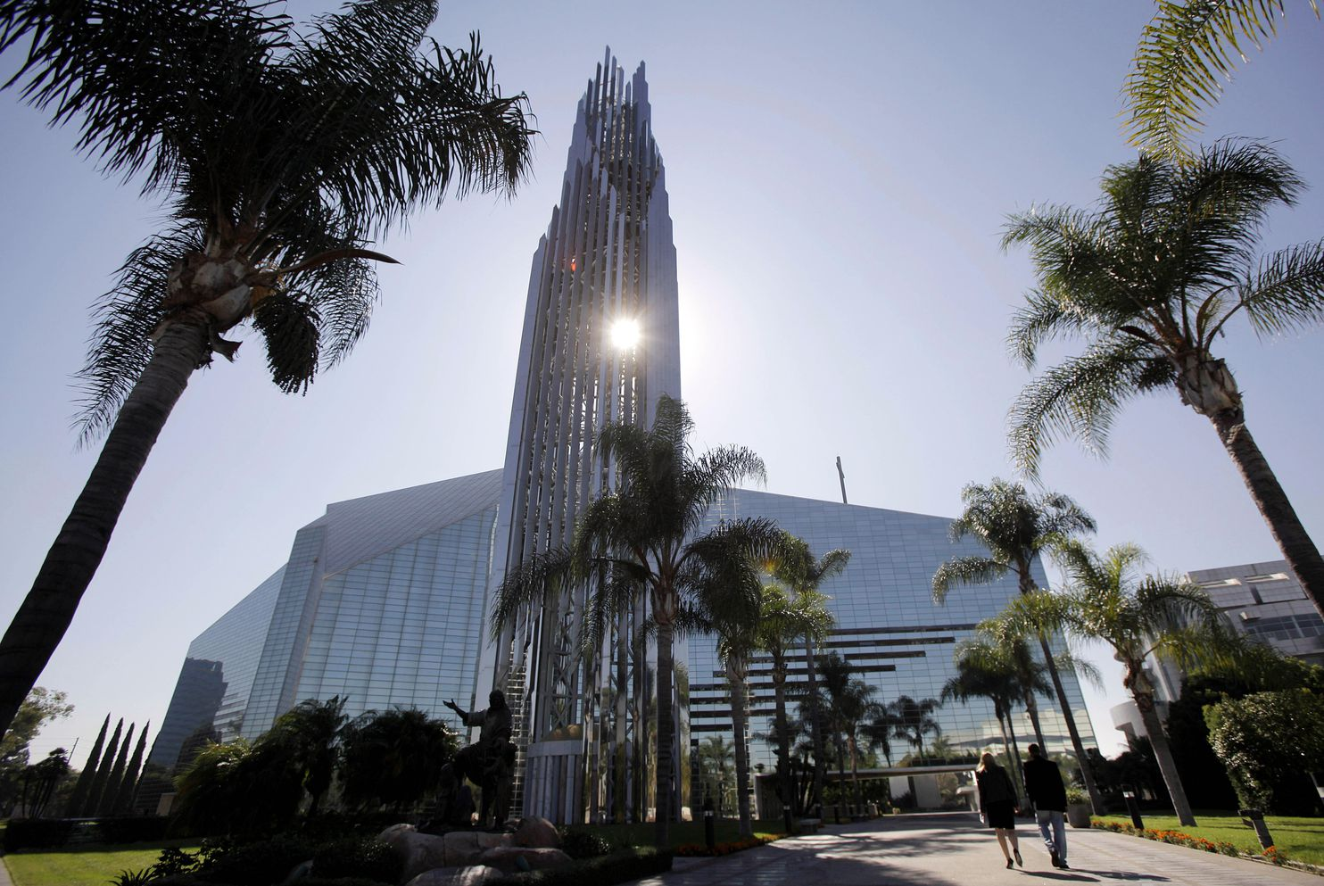 the crystal cathedral was