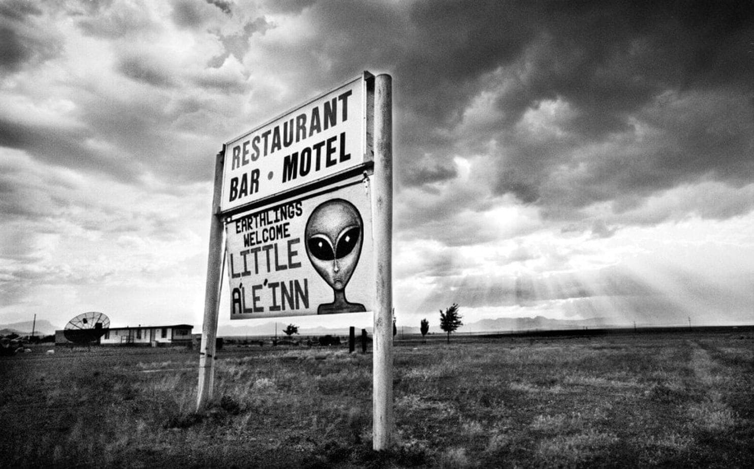Pentagon Confirms Ufo Program So About Area 51