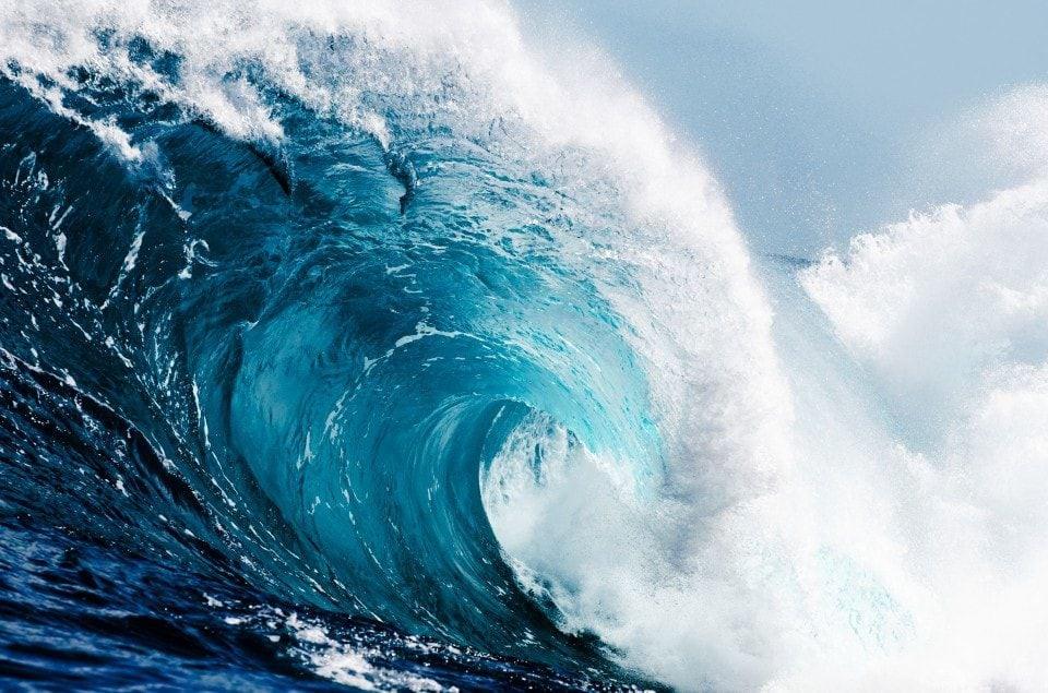 massive 78 foot wave