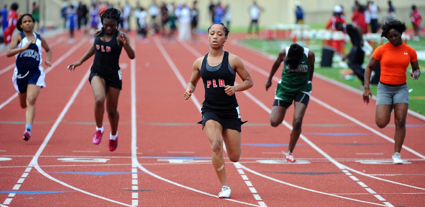 Dunbar girls track team runs with more confidence in