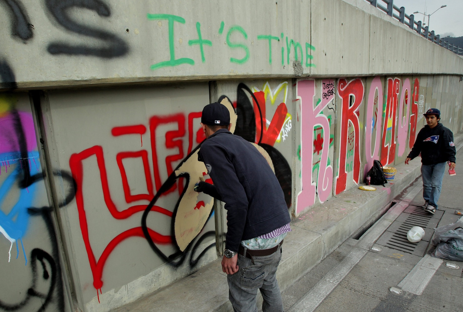 Justin Biebers visit to Bogota opened doors for Colombian graffiti artists  The Washington Post