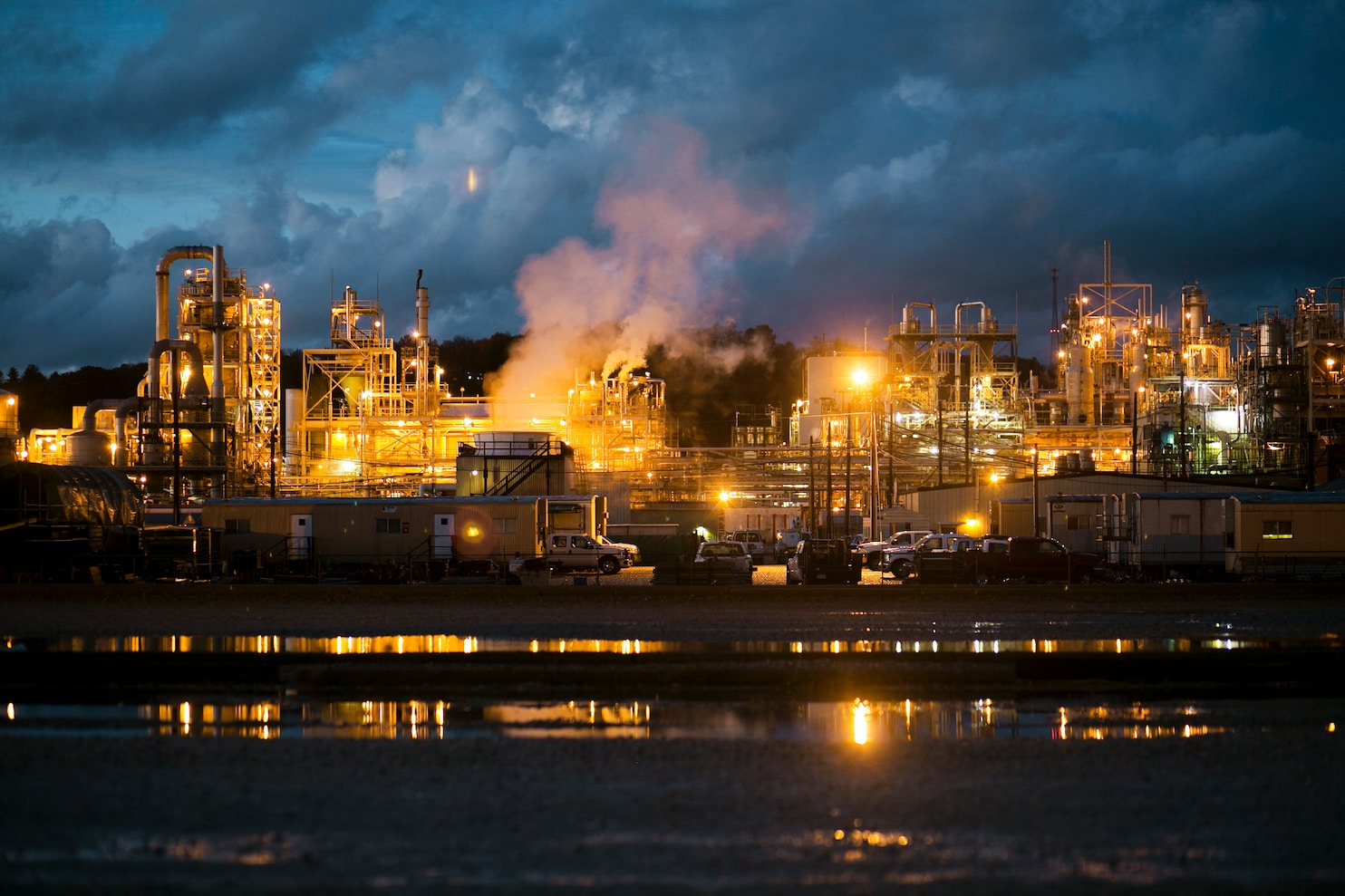 In Ohios Chemical Valley a debate over good jobs and