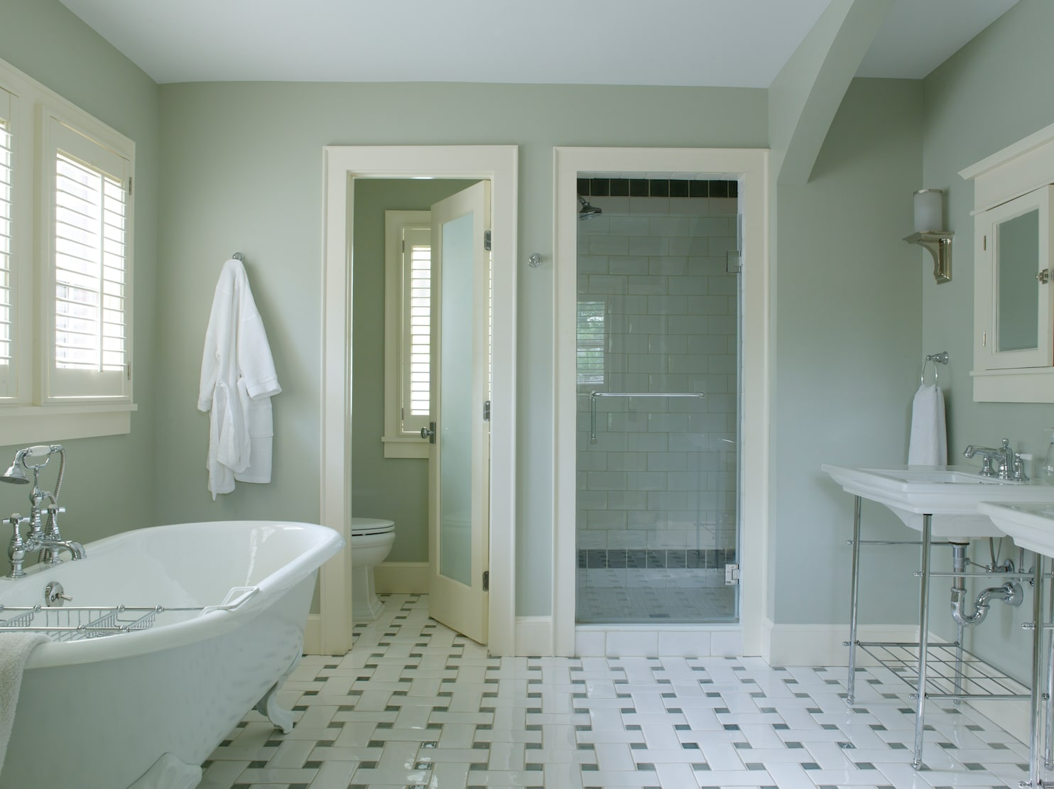6 Do S And Don Ts For Decorating A Bathroom That Won T Embarrass You In Front Of Guests The Washington Post