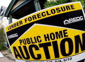 Thousands of foreclosures are put on hold: During the housing boom, millions of homeowners got easy access to mortgages. Now, some mortgage lenders and government officials have taken action after discovering that many mortgage documents were mishandled.