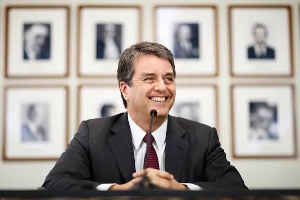 Roberto Azevêdo em coletiva na Representação permanente do Brasil na OMC (Fonte: VALENTIN FLAURAUD/REUTERS)
