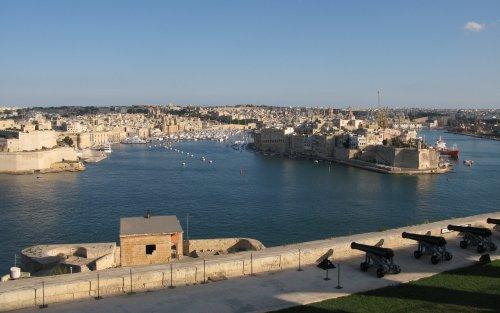 Malta2010GrandHarbour.jpg