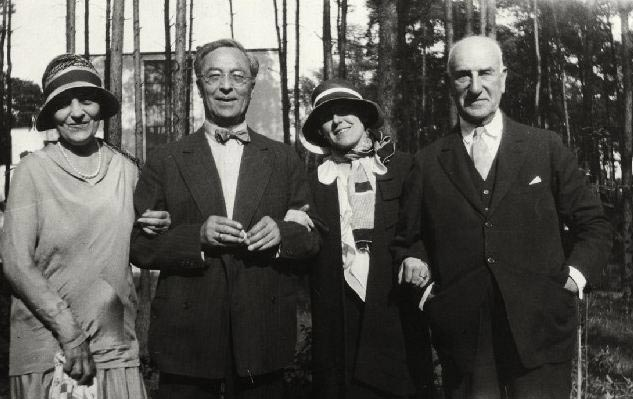 From Left: Irene Guggenheim, Kandinsky, Hilla Rebay, and Solomon R. Guggenheim
