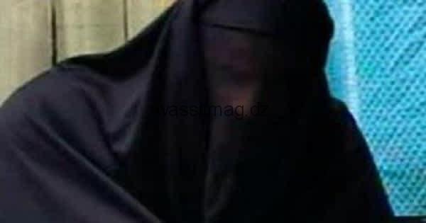 أمن دائرة حمام بوحجر يوقف شخص متخفي بلباس امرأة و بحوزته سلاح أبيض