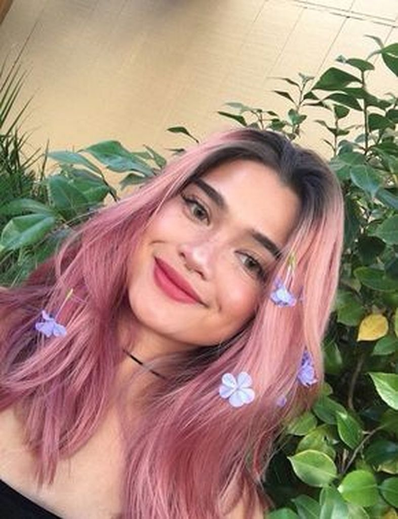 Long hairstyles in pink and added with flower accessories