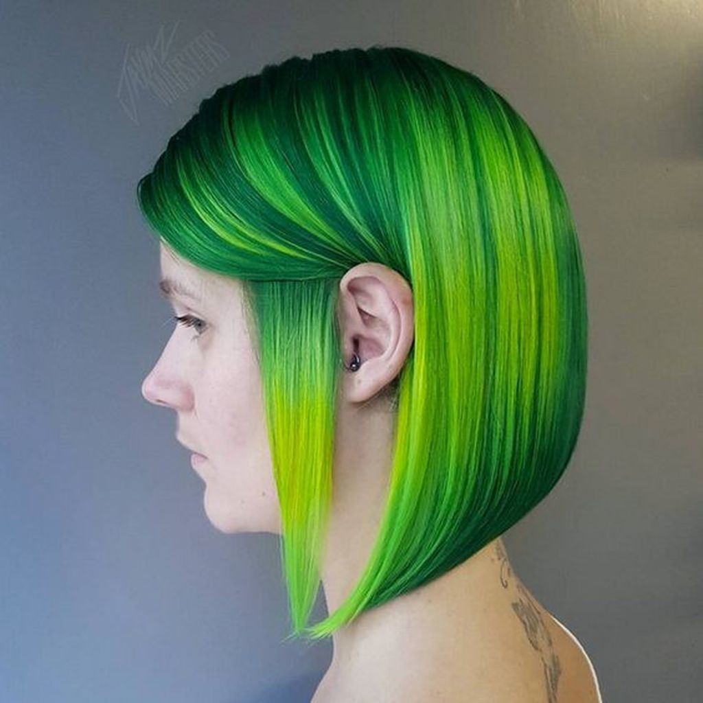 Short straight hairstyles with green hair color