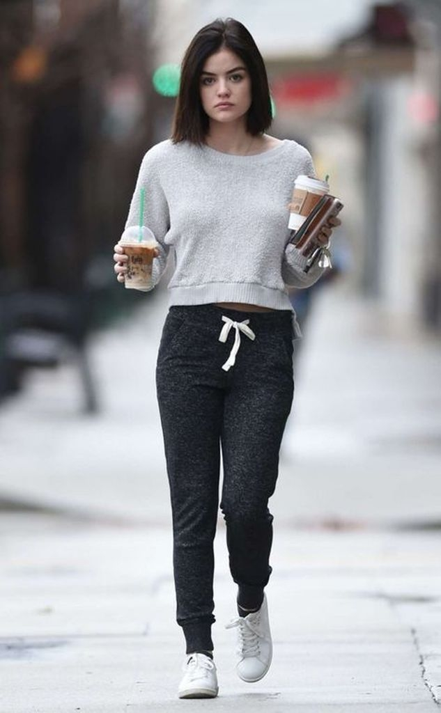 Spring outfit with sweater and jogger pant