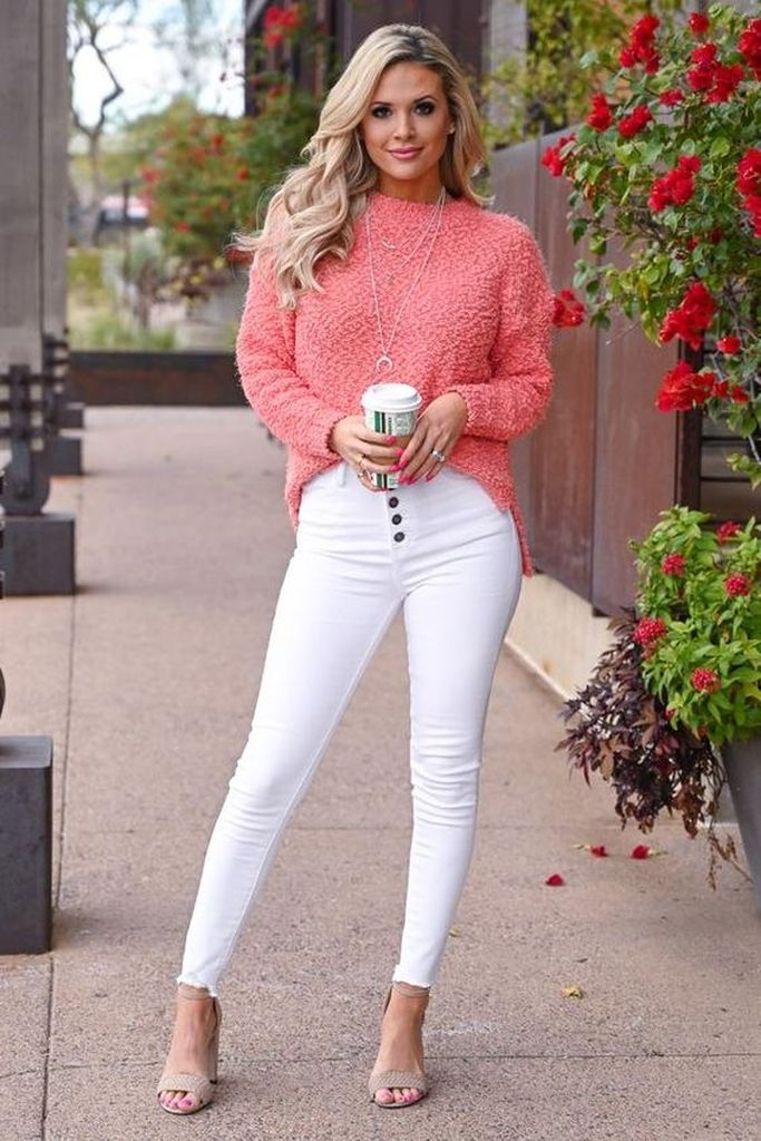 Spring outfit with rosé sweater and white pant