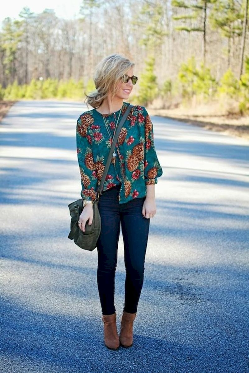 Women outfits with floral blouse and boots
