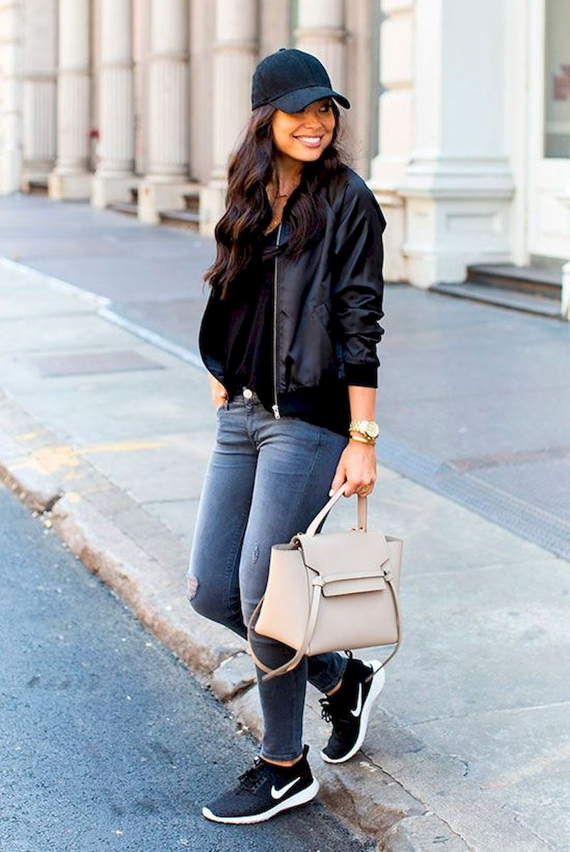 Sporty outfits for school with leather jacket and jeans