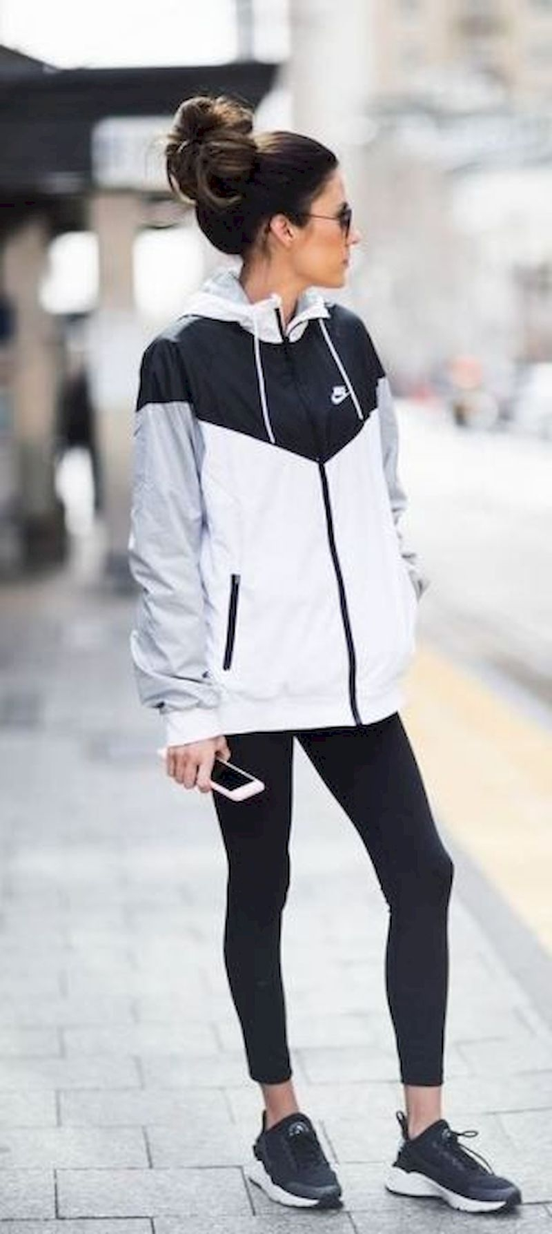 Sporty outfits for school with nike jacket and black shoes