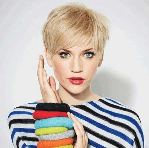 20 Celebrity Short Hairstyles for Fine Hair in 2019