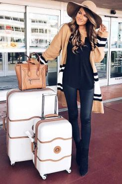 51 Fall Travel Outfit Ideas For You Who Always On The Go (31)