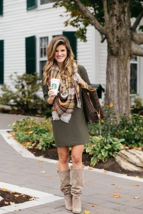 51 Fall Travel Outfit Ideas For You Who Always On The Go (35)