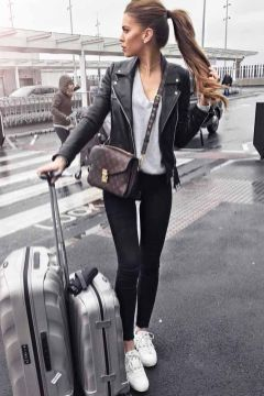 51 Fall Travel Outfit Ideas For You Who Always On The Go (6)