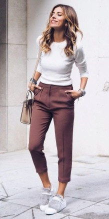 51 Good Inspiration Casual Outfits for Beautiful Women (14)