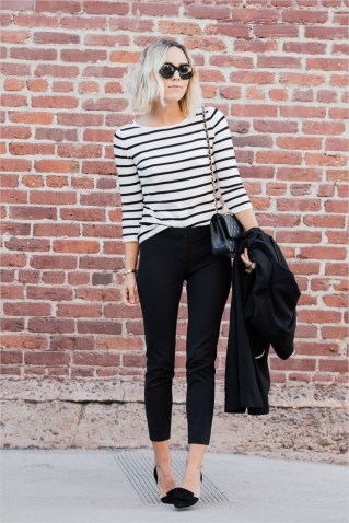 51 Good Inspiration Casual Outfits for Beautiful Women (27)