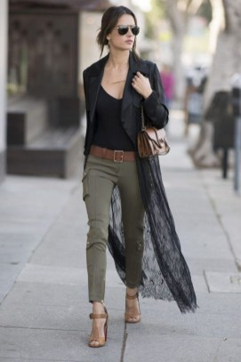 51 Good Inspiration Casual Outfits for Beautiful Women (36)