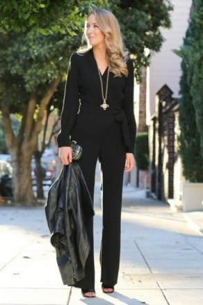 51 Good Inspiration Casual Outfits for Beautiful Women (4)