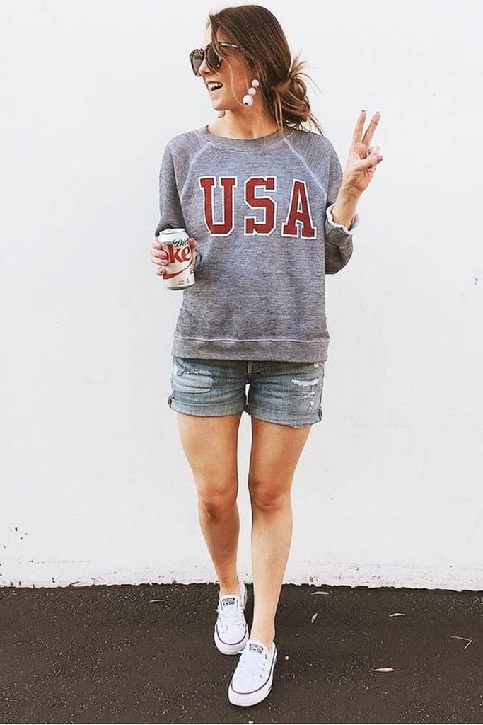 Summer outfit with hoodie and short pant