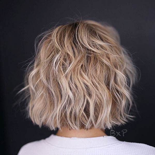 Short Layered Haircuts For Wavy Hair