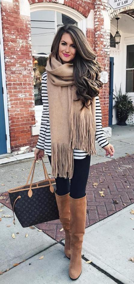 #fall #outfits / Over Size Scarf - Stripes