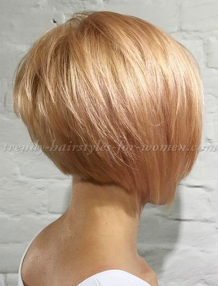 Layered Bob Hair Blonde
