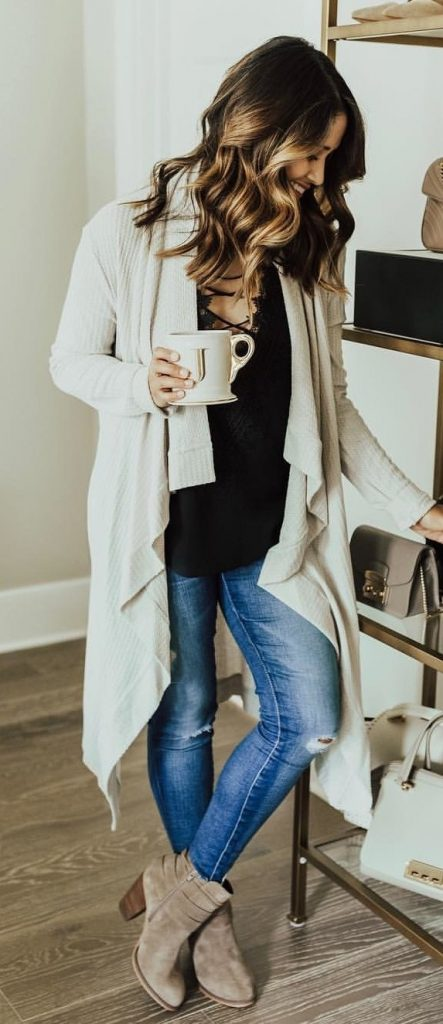 #fall #outfits / White Cardigan - Beige Ankle Booties