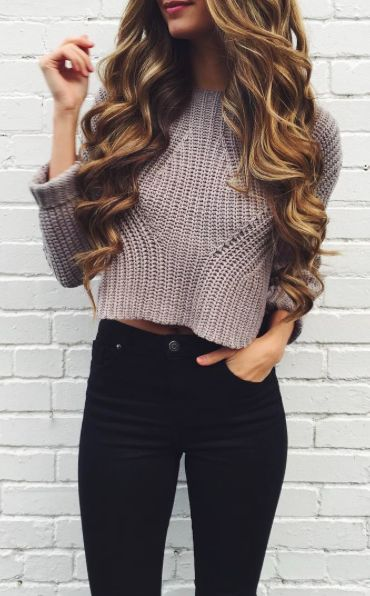 #fall #outfits / Knitted Crop Long Sleeve - Black Skinny Jeans
