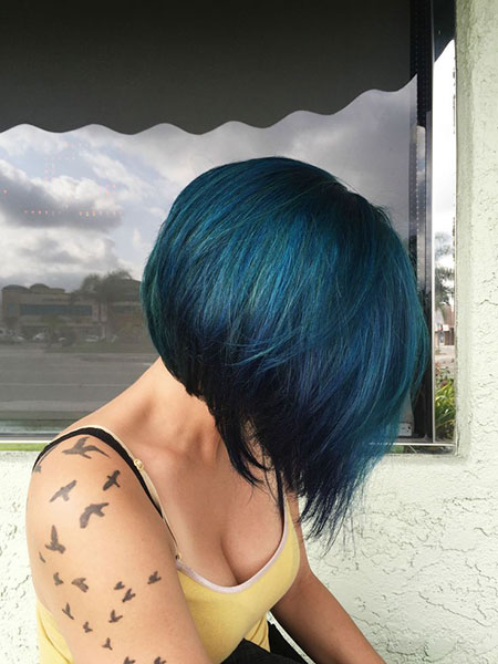 Bob Blue Hair Black