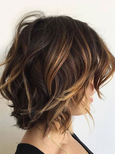 Wavy Hair, Short Highlights 2017 Bob