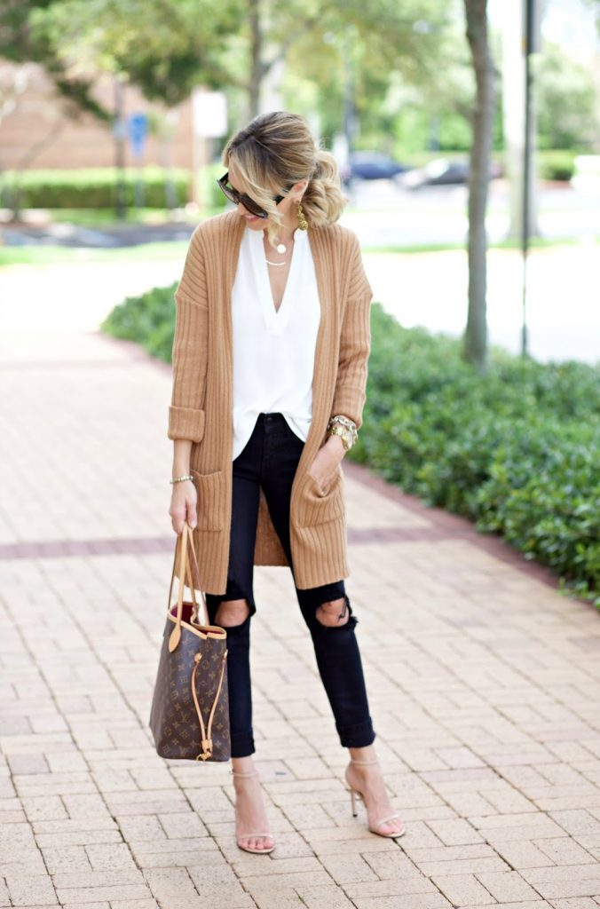 #fall #outfits / Beige Cardigan - Black Ripped Jeans