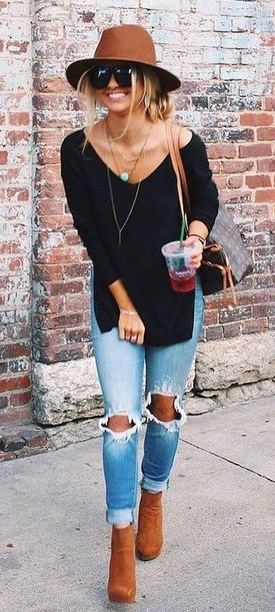 #fall #outfits / Brown Hat - Black V-Neck Tunic