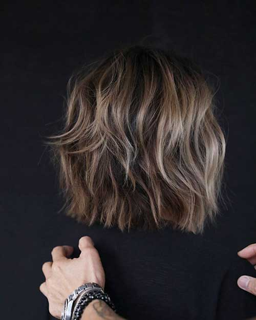 Short Choppy Layered Hair-17