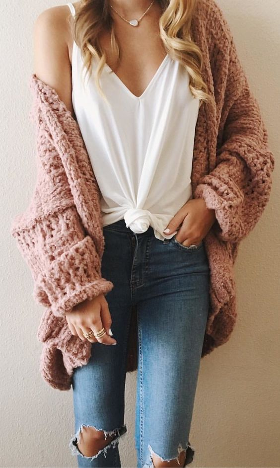 / Peach Knitted Cardigan - Ripped Jeans