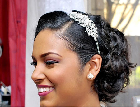 19 Wedding Hairstyle Short Hair_7