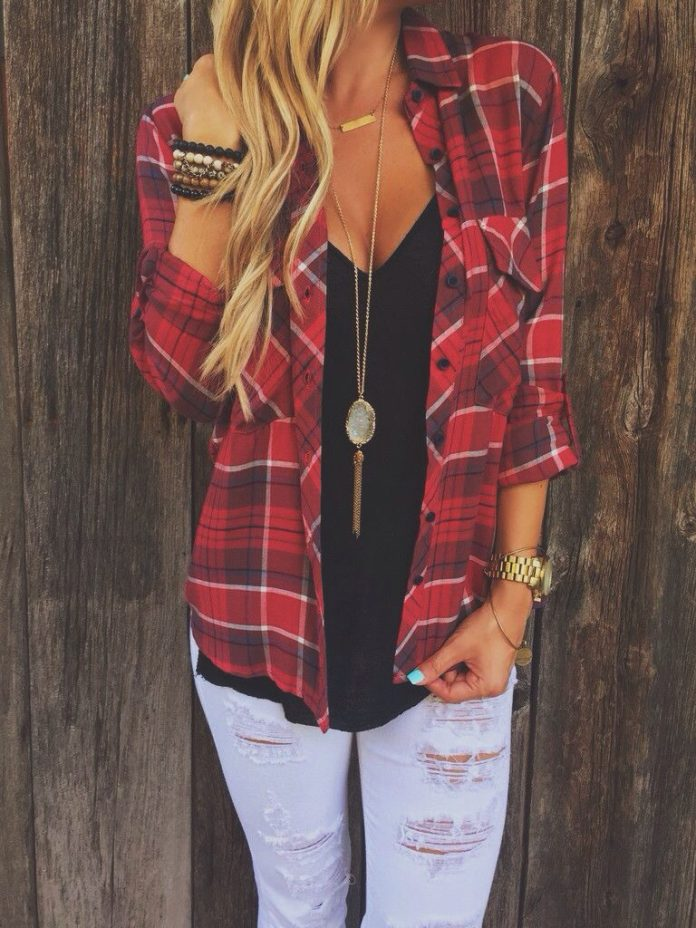 #fall #outfits / Red Plaid Shirt - Ripped Jeans